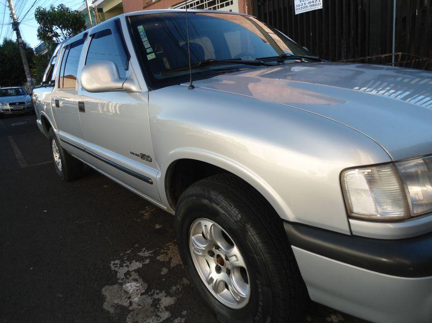 Chevrolet S10 4x4 2.5 (Cab Dupla) - Foto #1