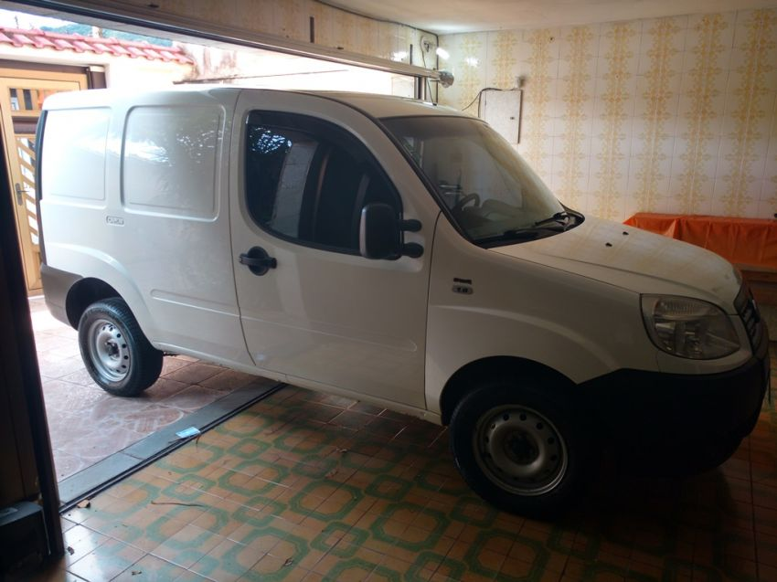 Fiat Doblò Cargo 1.8 E.torQ (Flex) - Foto #4