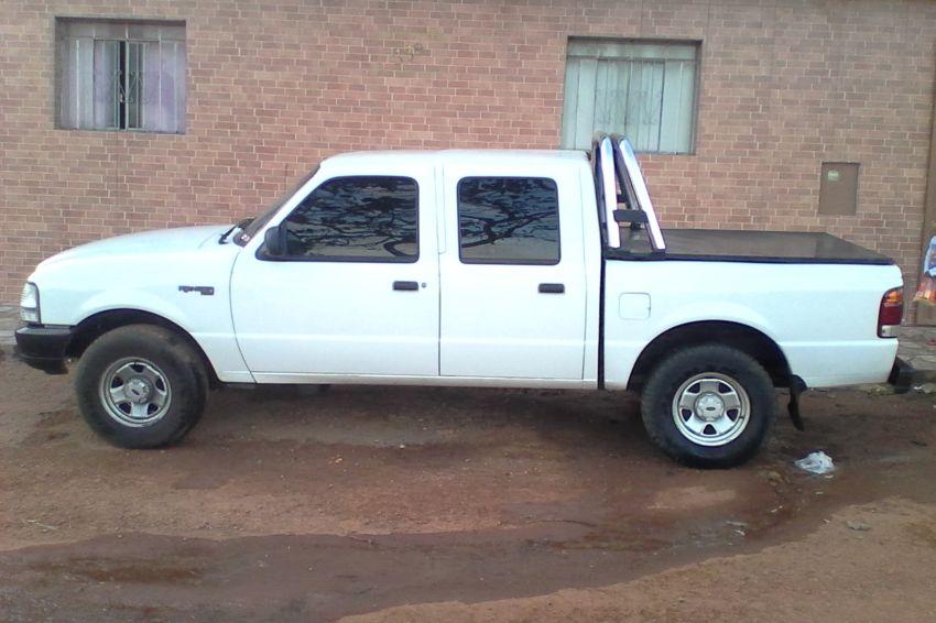 Ford Ranger XL 4x2 2.8 Turbo (Cab Dupla) - Foto #1
