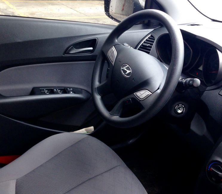 Hyundai HB20 1.0 S Comfort Plus - Foto #2