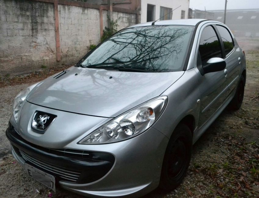 Peugeot 207 XR 1.4 (10 ANOS BRASIL)(Flex) 4p - Foto #5
