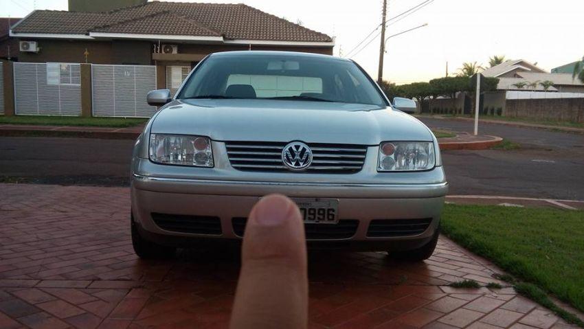 Volkswagen Bora 2.0 MI Comfortline (Aut) - Foto #5