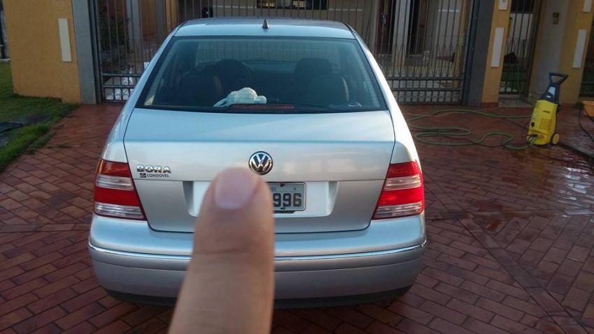 Volkswagen Bora 2.0 MI Comfortline (Aut) - Foto #6