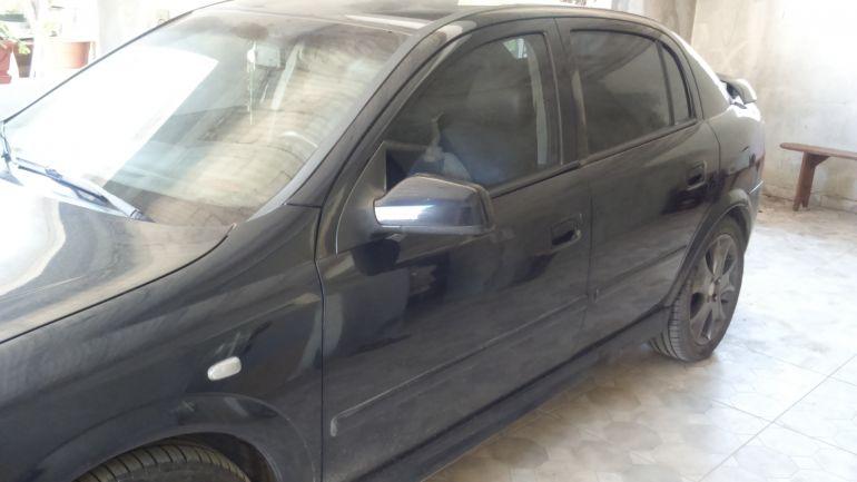 Chevrolet Astra Hatch CD 2.0 8V (Aut) - Foto #4