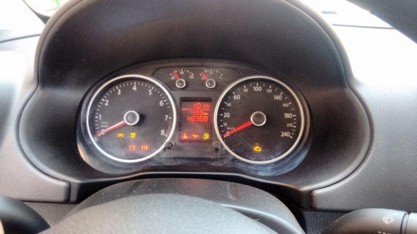 Volkswagen Gol City 1.6 MI (Flex) - Foto #3