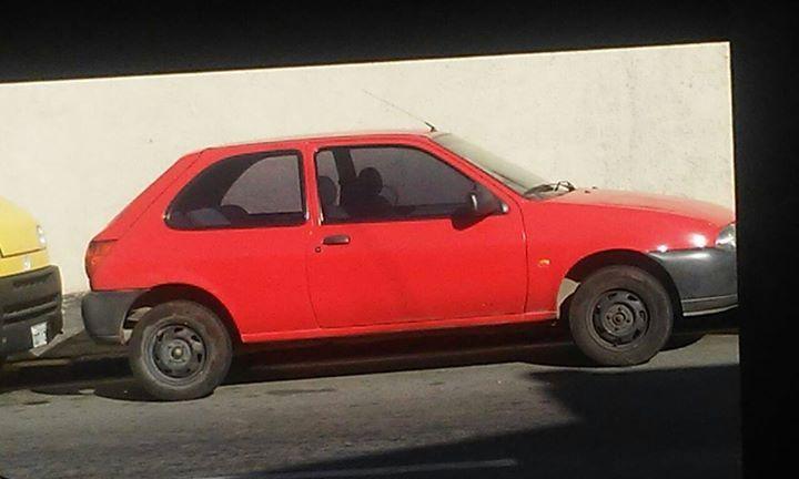 Ford Fiesta Hatch CLX 1.3 MPi 2p