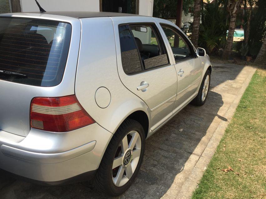 Volkswagen Golf Comfortline 2.0 (Aut) - Foto #3