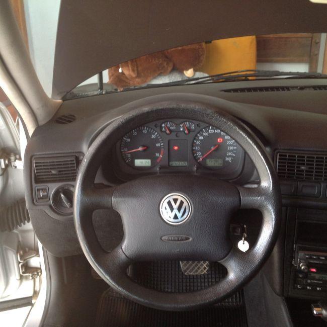 Volkswagen Golf Comfortline 2.0 (Aut) - Foto #6
