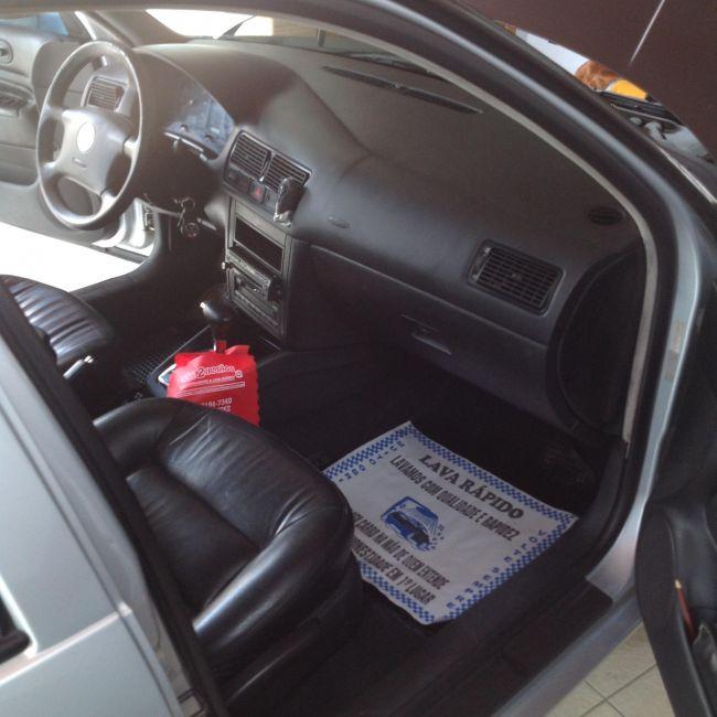Volkswagen Golf Comfortline 2.0 (Aut) - Foto #7