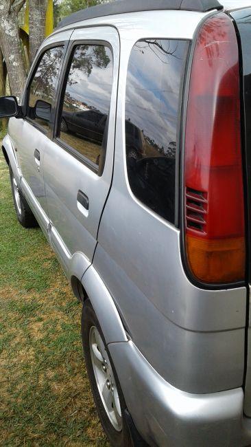 Daihatsu Terios SX 4x4 1.3 16V - Foto #1