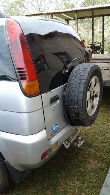 Daihatsu Terios SX 4x4 1.3 16V - Foto #4