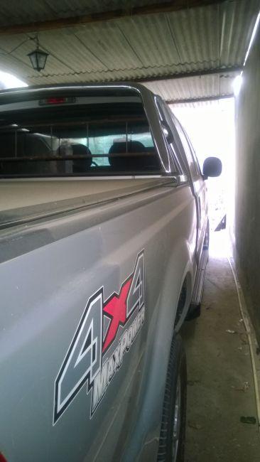 Ford F-250 XLT 4x4 3.9 (Cab Dupla) - Foto #2