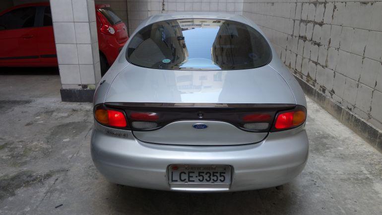 Ford Taurus Sedan L 3.0 V6 24V - Foto #6