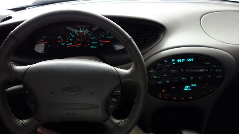 Ford Taurus Sedan L 3.0 V6 24V - Foto #7