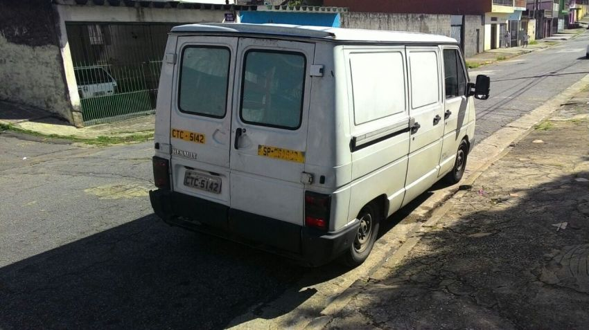Renault Trafic Furgao 2.0 (ch. curto) - Foto #3