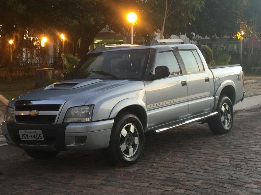 Chevrolet S10 Executive 4x2 2.8 (Cab Dupla) - Foto #2