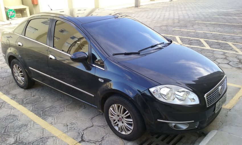 Fiat Linea HLX Dualogic 1.9 16V (Flex) (Aut) - Foto #5