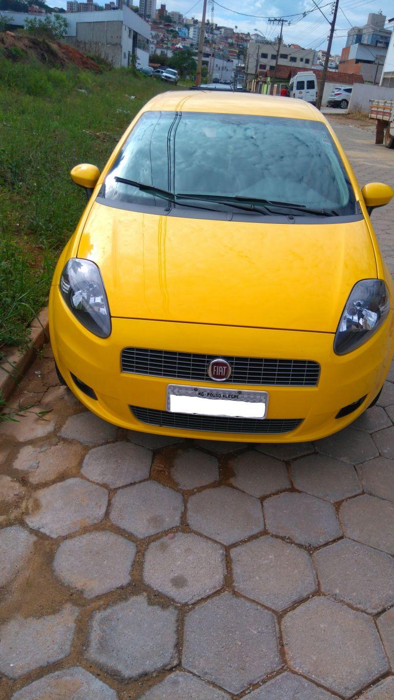 Fiat Punto Sporting 1.8 16V (Flex) - Foto #3