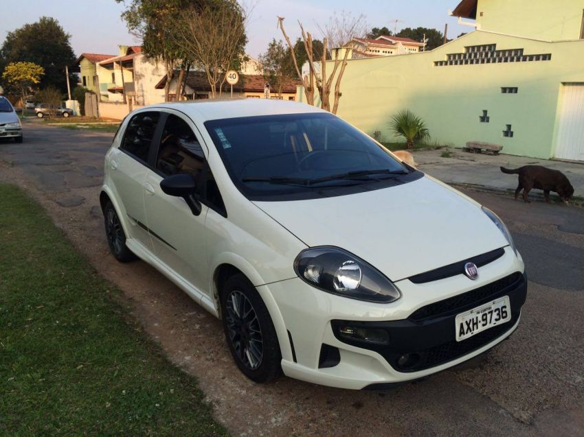 Fiat Punto BlackMotion 1.8 16V (Flex) - Foto #1