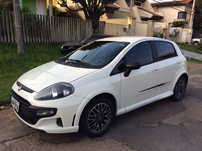 Fiat Punto BlackMotion 1.8 16V (Flex) - Foto #7