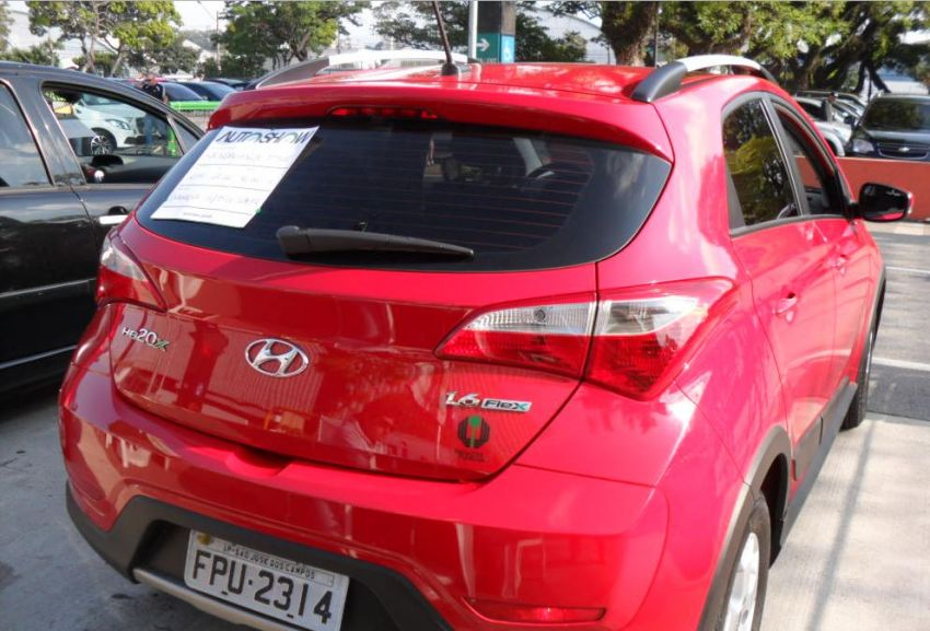 Hyundai HB20X Style 1.6 - Foto #7