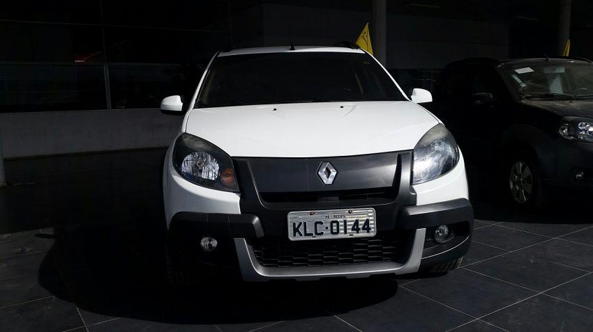 Renault Sandero Stepway 1.6 8V - Foto #5