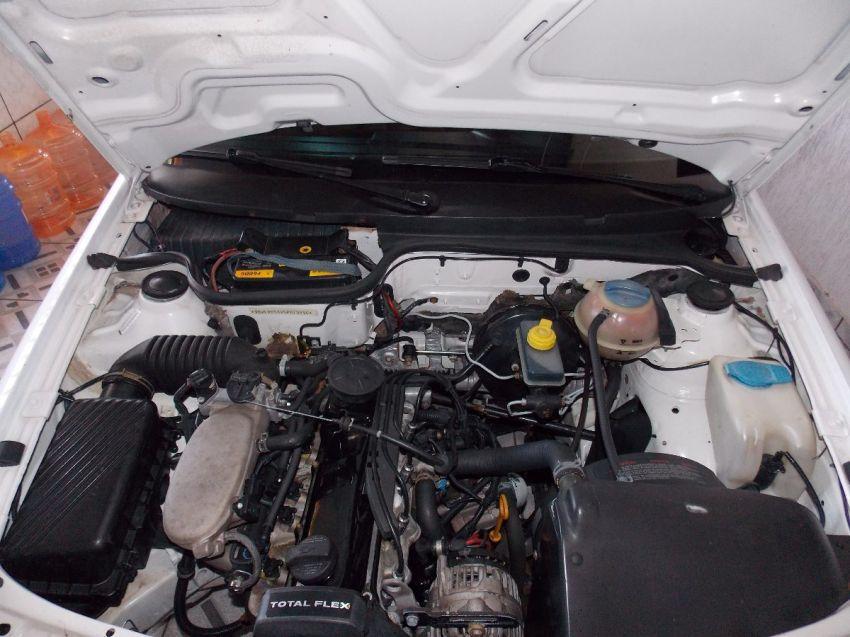 Volkswagen Saveiro 1.6 MI (Flex) - Foto #7