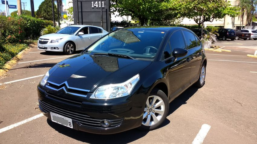 Citroën C4 Exclusive sport 2.0 (flex) - Foto #1