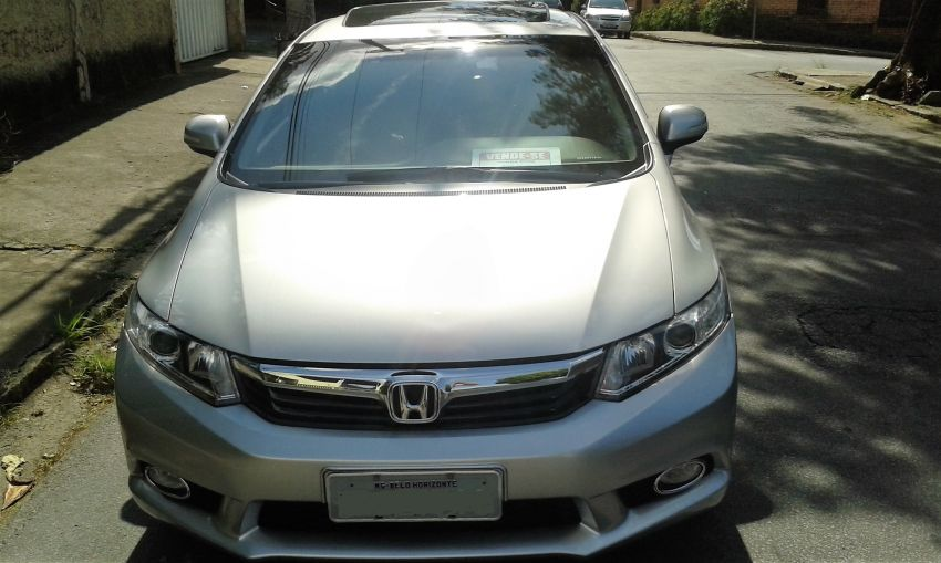 Honda New Civic EXS 1.8 16V i-VTEC (aut) (flex) - Foto #5