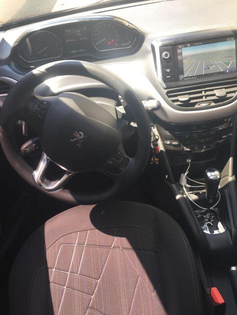 Peugeot 208 1.6 16V Griffe (Flex) (Aut) - Foto #9