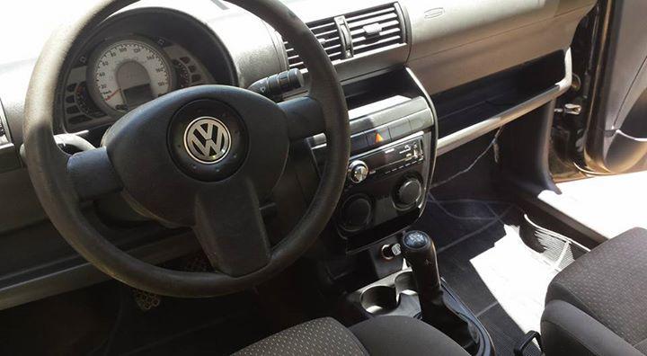 Volkswagen Fox 1.0 TEC (Flex) 2p - Foto #2