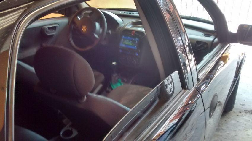 Chevrolet Corsa Hatch Joy 1.0 - Foto #2