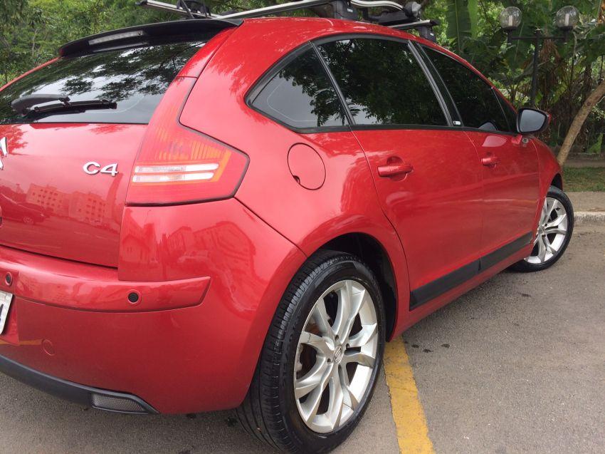 Citroën C4 Exclusive Sport 2.0 16V (Flex) (Aut) - Foto #3