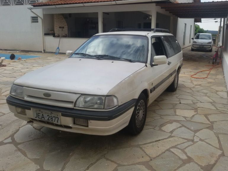 Ford Versailles Royale Ghia 2.0 - Foto #6