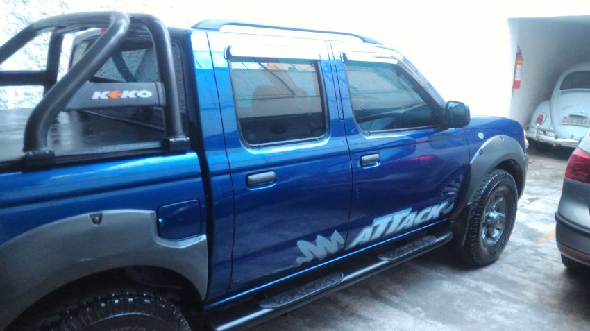 Nissan Frontier XE Attack 4x4 2.8 Eletronic (cab.dupla) - Foto #1
