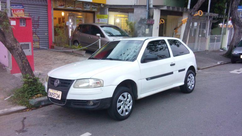Volkswagen Gol Plus 1.0 (G4) (Flex) 2p - Foto #2