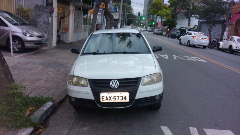 Volkswagen Gol Plus 1.0 (G4) (Flex) 2p - Foto #5