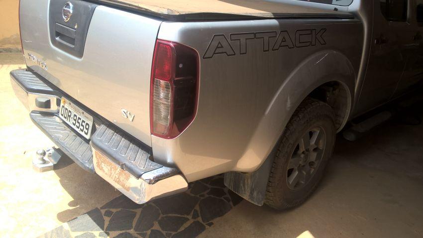 Nissan Frontier 2.5 TD CD 4x4 SV Attack (Aut) - Foto #4