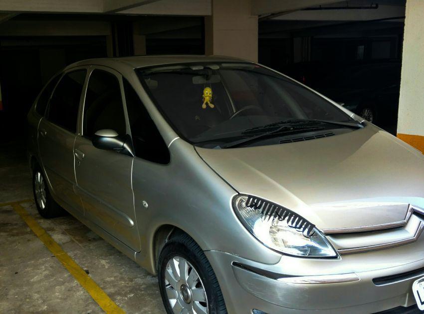 Citroën Xsara Picasso Exclusive 1.6 16V (flex) - Foto #7