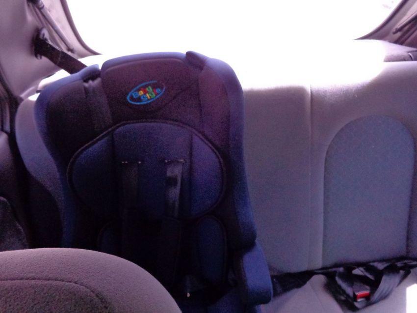 Ford Fiesta Hatch GL 1.0 MPi 4p - Foto #10