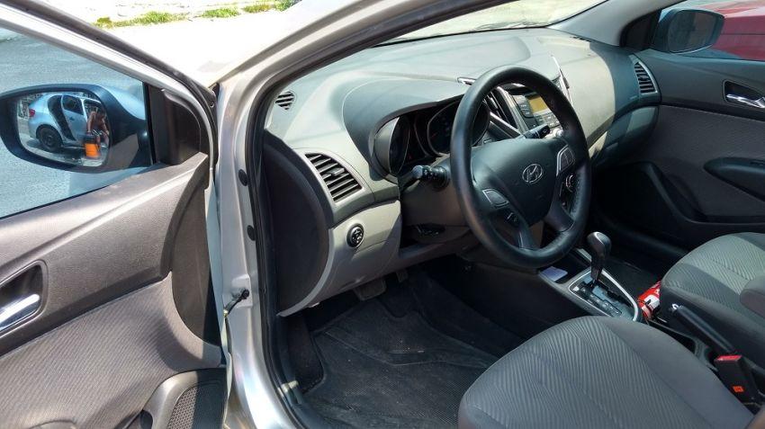 Hyundai HB20 1.6 S Comfort Plus (Aut) - Foto #3