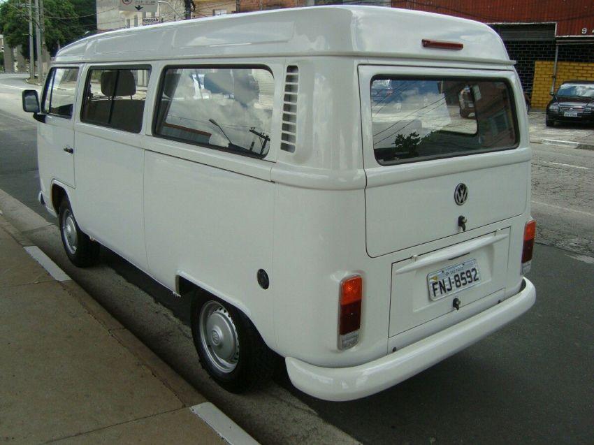 Volkswagen Kombi Standard 1.6 (Álcool) - Foto #2