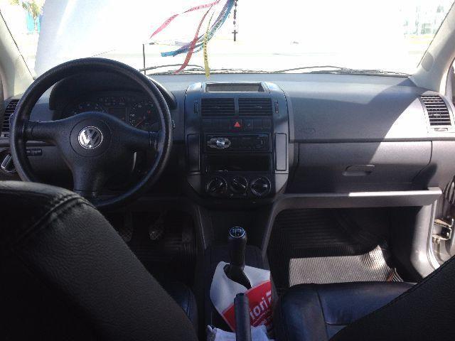 Volkswagen Polo Sedan 1.6 8V (Flex) - Foto #6