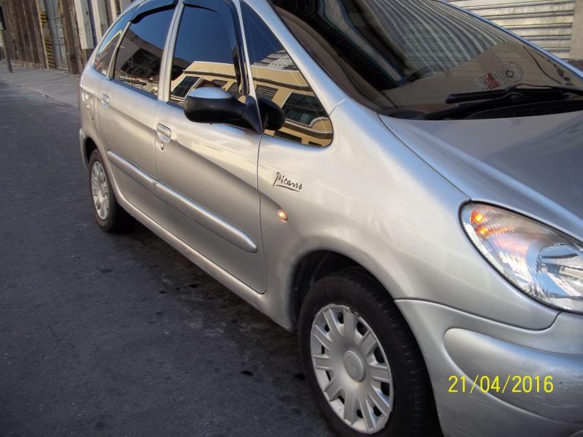 Citroën Xsara Picasso GLX 2.0 (aut) - Foto #6