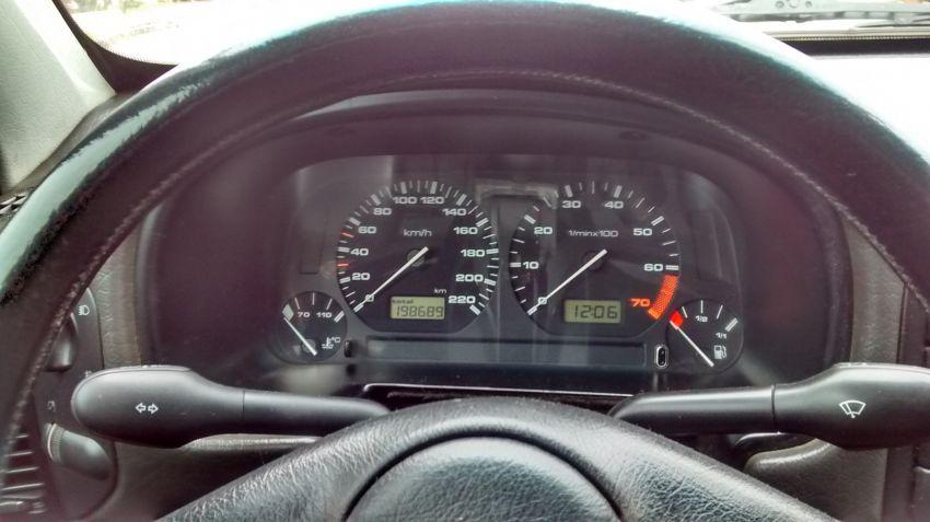 Volkswagen Polo Classic 1.8 MI - Foto #7