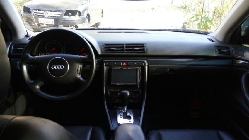 Audi A4 1.8 20V Turbo (163hp) (multitronic) - Foto #1