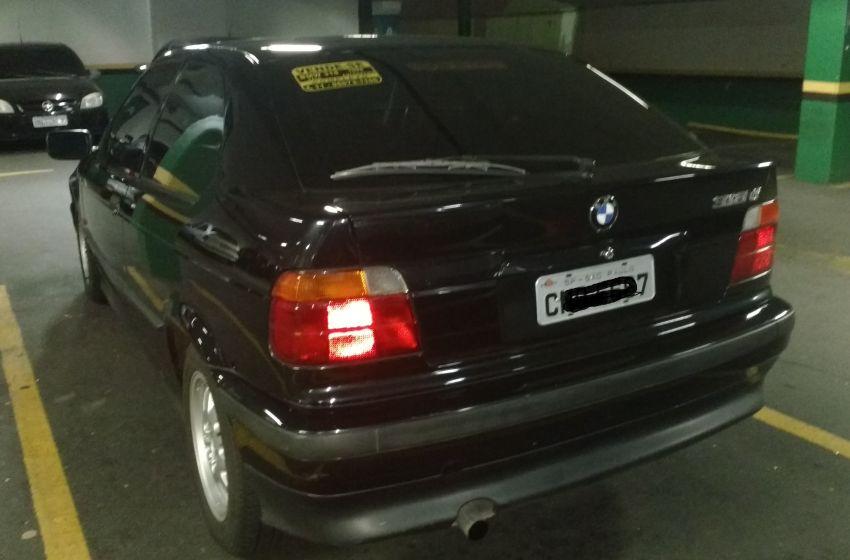 BMW 318ti Compact 1.9 16V - Foto #4