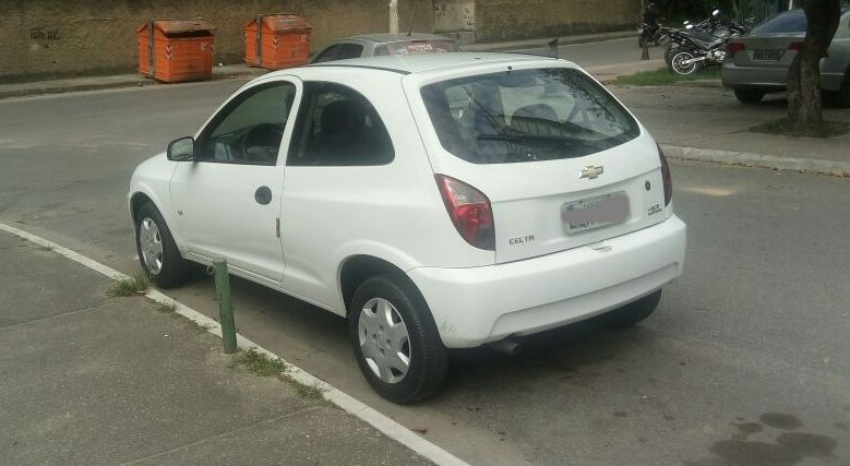 Chevrolet Celta 1.4 - Foto #5
