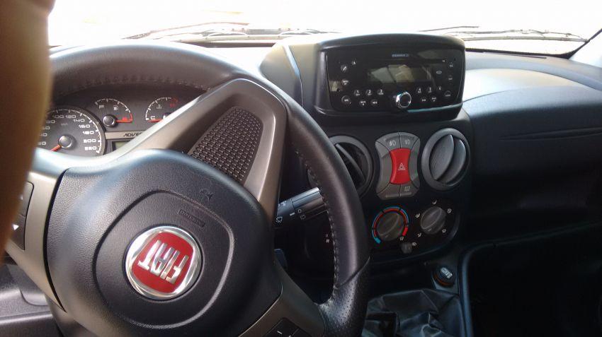 Fiat Doblò Adventure 1.8 6L (Flex) - Foto #4