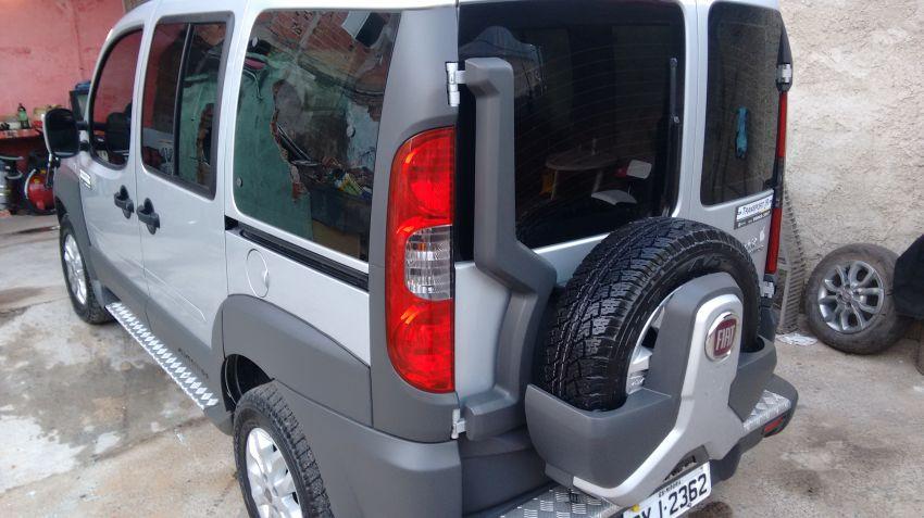 Fiat Doblò Adventure 1.8 6L (Flex) - Foto #10